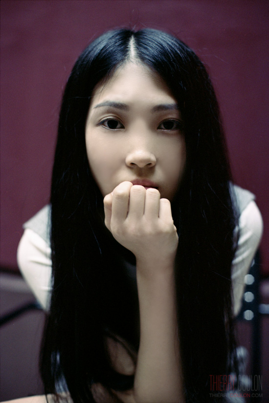 portrait-isabelle-shanghai-photographer-kodak-portra-160